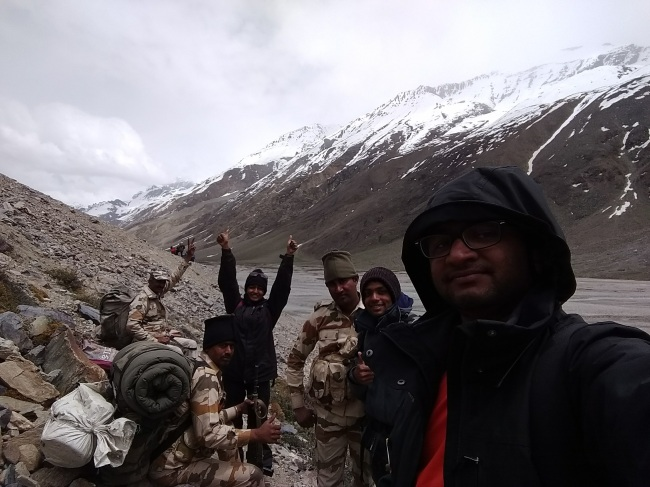 Juice, conversations and selfies with ITBP
