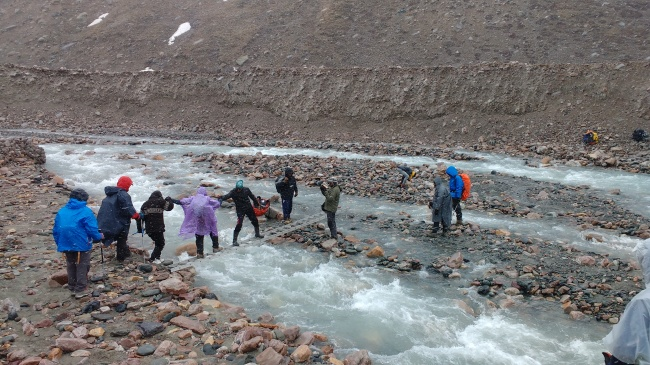 Our time to cross the gundar nala with ITBP ladders